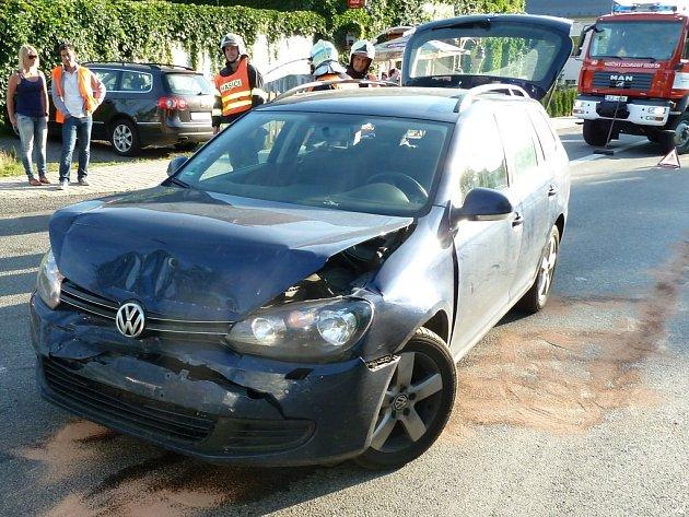 Dopravní nehoda v Rynolticích na Liberecku.