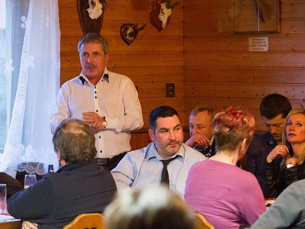 Starostové pro Liberecký kraj se dohodli a poslali Martina Půtu do vyšších pater politiky.