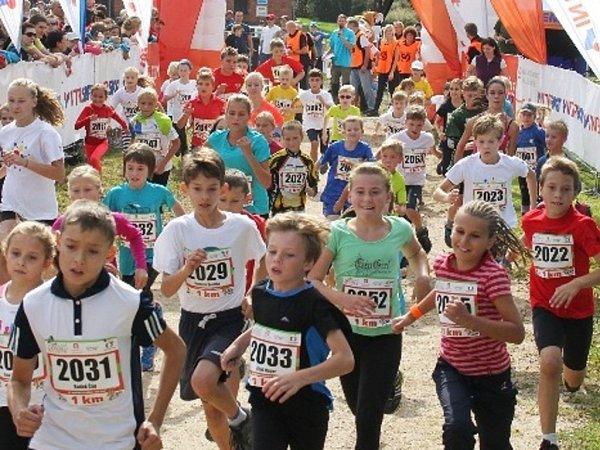 ČEZ JIZERSKÁ 50RUN. Start dětské kategorie na 1km.