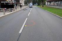 Cyklista přelétl v Desné přes řídítka, policie hledá svědky.