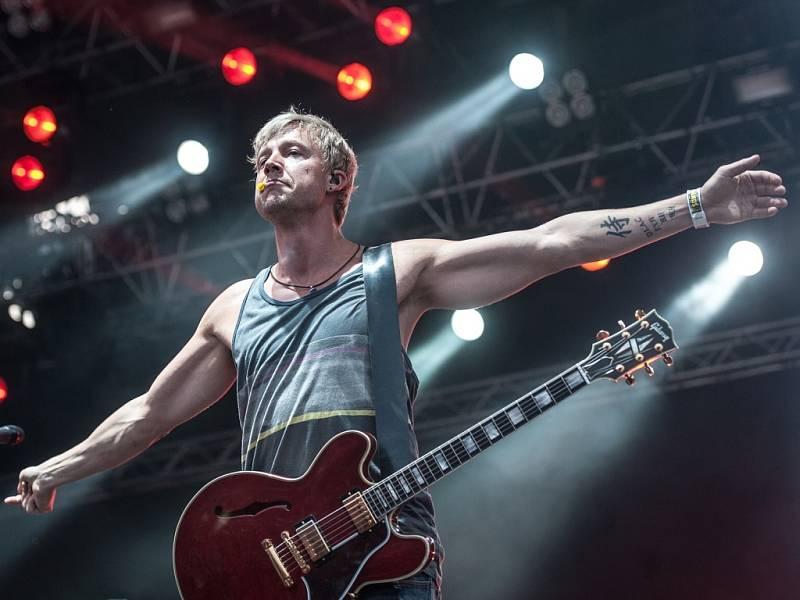 Hudební festival Benátská noc 26. července v Liberci. Zpěvák Samu Haber ze skupiny Sunrise Avenue.