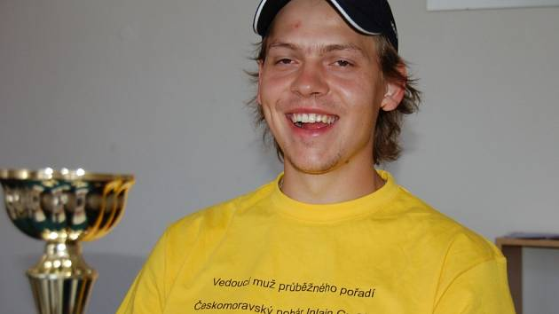 JAN PECKA. Ve žlutém trikotu.