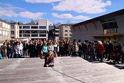Výstražná stávka studentstva proběhla i na Univerzitním náměstí.