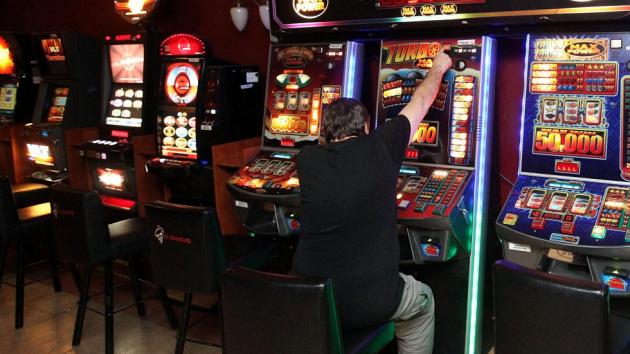 Kasína s výherními automaty a živou hrou mají v Liberci opět zelenou