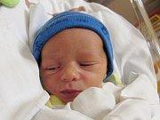 KRYŠTOF MIKEŠ Narodil se 6. června v liberecké porodnici mamince Janě Mikešové z Liberce. Vážil 2,72 kg a měřil 47 cm.