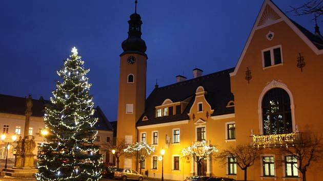 Vánoční strom v Českém Dubu.