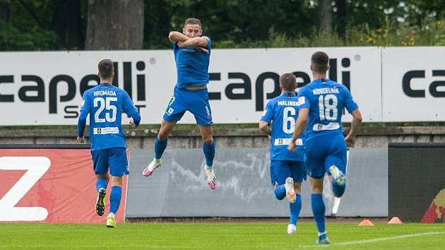 Liberecký útočník Jan Kuchta slaví gól do sítě Jablonce.
