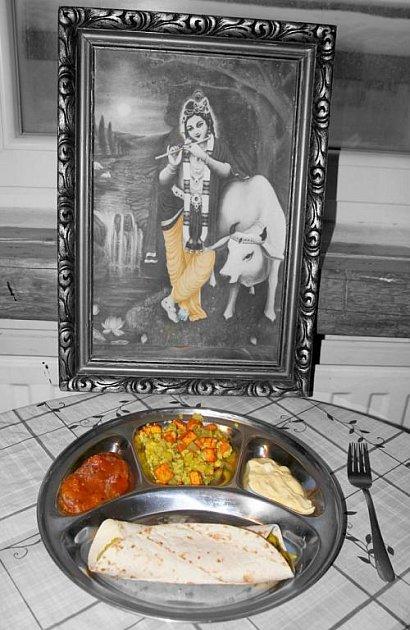 NAMASTÉ. Tak se jmenuje první indická restaurace v Jablonci nad Nisou. Majitelé jsou dva mladí bratři z Nepálu.