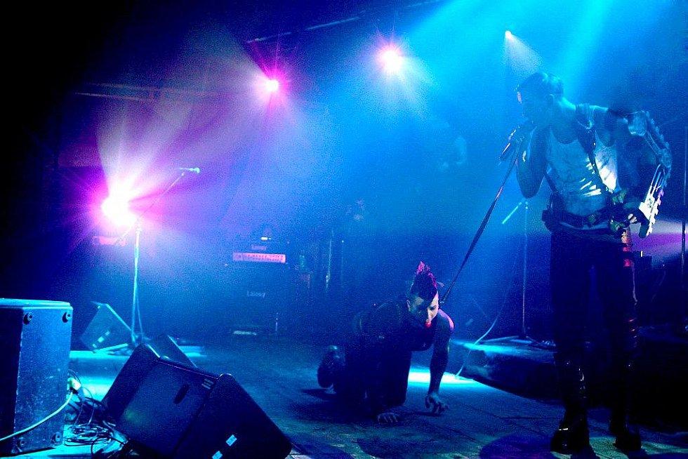 Liberecký revival Rammstein předvedl v pátek v Domě kultury nezapomenutou show.