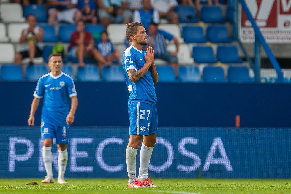 Zápas 3. kola první fotbalové ligy mezi týmy FC Slovan Liberec a FK Teplice se odehrál 4. srpna na stadionu U Nisy v Liberci. Na snímku vpravo je Aleš Nešický.