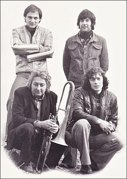 THE PYRAMIDA. Josef Jeništa, Jiří Lesák, Jürgen Kawan, František Hruša.