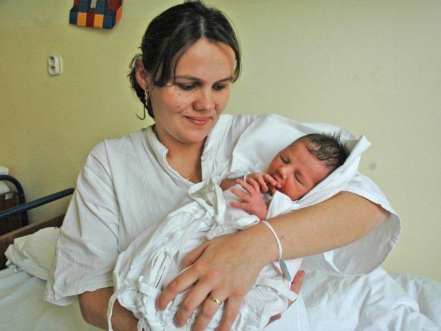 Mamince Oldřišce Kaliničové se 8. 12. narodila ve frýdlantské porodnici dcera Michaela. Gratulujeme!