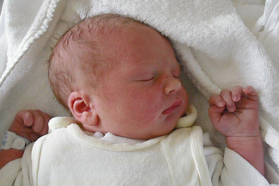 Mamince Tereze Havlíčkové z Kryštofova údolí se v neděli 30. srpna narodil sny Robin Bidlo. Měřil 51 cm a vážil 3,75 kg.