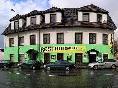 Country restaurace v Ruprechtické ulici.