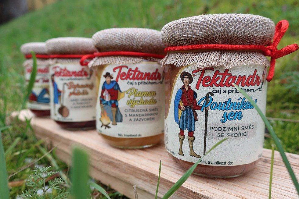 Tektandr – čaj spříběhem