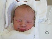 MICHAEL VÁŇA  Narodil se 5. října v liberecké porodnici mamince Evě Nemergutové z Liberce. Vážil 3,12 kg a měřil 49 cm.