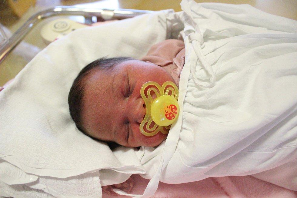 Ariana Billá. Narodila se 25. prosince v liberecké porodnici mamince Valerii Billé z Chrastavy. Vážila 3 kg a měřila 49 cm.