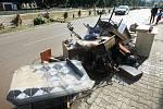 Frýdlant se probudil do nového dne po apokalypse a uklízí a sčítá škody.