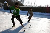 Hokej na přehradě