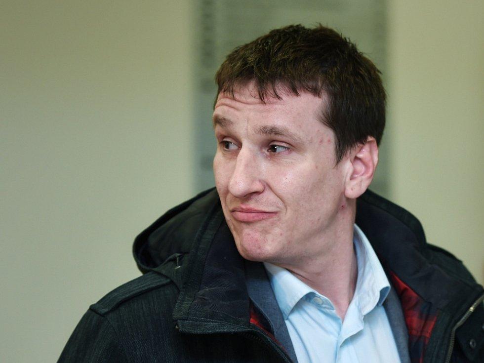 Údajného libereckého žháře Petra Hrubého soud osvobodil.
