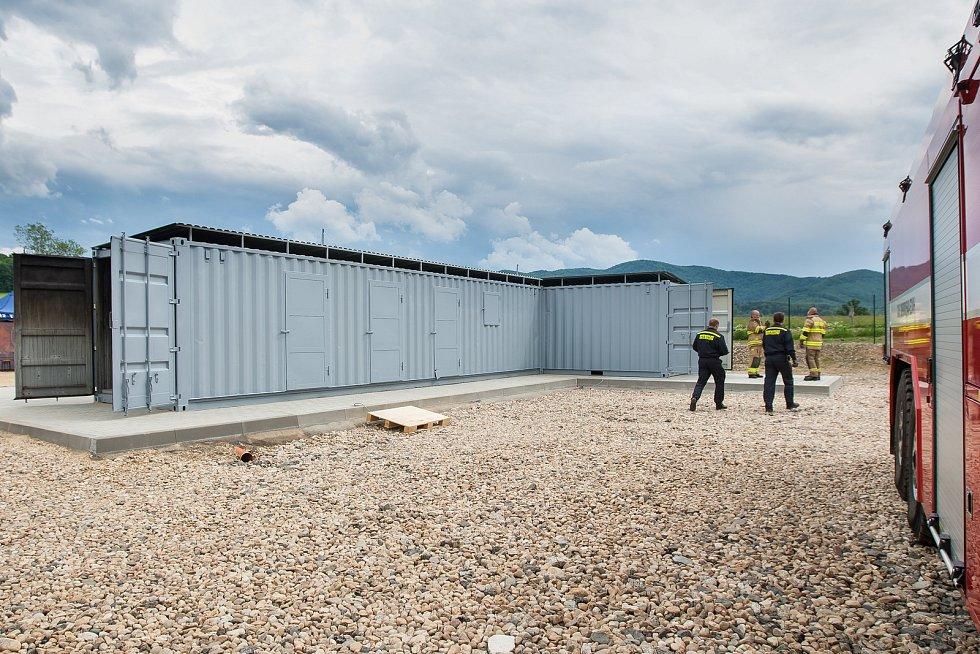 V Raspenavě na Liberecku hasiči 6. června zahájili provoz ohňového polygonu, zařízení pro simulaci reálných podmínek požárů. Sloužit bude zejména pro výcvik profesionálních a dobrovolných hasičů z celého kraje.