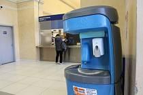 Na libereckém nádraží se nachází desinfekce. Důvodem je snížení rizika nákazy novým typem koronaviru.