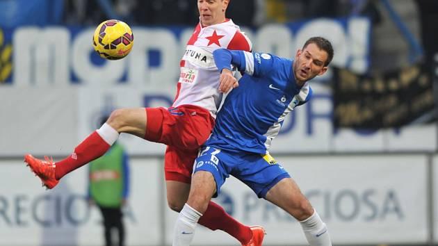 Záchranářská mise začala. Porážkou. Škoda hattrickem vystřílel Slavii výhru 3:1 v Liberci.
