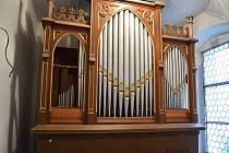 Varhany na Valdštejně prošly historicky prvním generálním čištěním.
