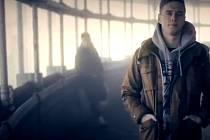 Obrázek z klipu Paulieho Garanda