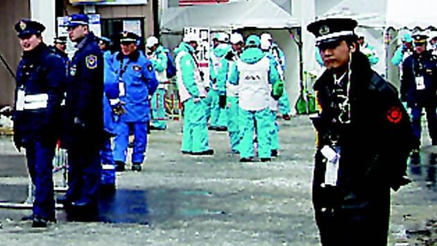 BEZPEČNOST NADE VŠE. V japonském Sapporu hlídalo letos šampionát na pět a půl tisíce policistů, strážníků  a dobrovolníků.