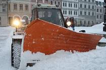 Po krutých mrazech se na Liberec opět snesla sněhová peřina. Během noci ze středy 27. ledna na čtvrtek 28. ledna napadlo až 20 centimetrů nového sněhu. Silničáři měli problémy s úklidem.