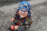 Mezi ostatními dětmi je čtyřletý Adámek jedinečný. Jako jednoho z30 tisíc novorozenců ho totiž postihl vzácný Dandy-Walker syndrom, který zhoršuje pohyb a chůzi.