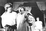 OBR GARGANTUA: Jeho smích a život. Hra měla premiéru na konci března 1992. Režíroval ji Jan Schmid.