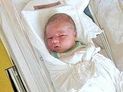 JAKUB RUBÁŠ Narodil se 10. května v liberecké porodnici mamince Kláře Rubášové z Všelibic. Vážil 3,98 kg a měřil 52 cm.