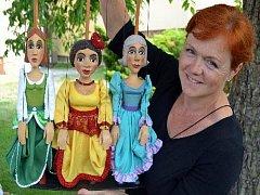 Bářino toulavé divadlo si pro děti připravilo pohádku Strašidýlko Bačkůrka.