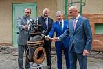 Rekonstrukce úpravny vody v Bílém Potoce na Liberecku, která by měla zlepšit kvalitu pitné vody pro část Frýdlantského výběžku, začala 12. července. Ze současné úpravny zůstanou jen zdi, jinak bude vše nové. Práce budou trvat 18 měsíců.