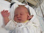 JAKUB ŠIMŮNEK Narodil se 22. listopadu v liberecké porodnicimamince Kateřině Šoubovéz Liberce. Vážil 4 kg a měřil 54 cm.