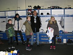 Výherci soutěže, kterou přichystal Liberecký deník, se podívali do zázemí Bílých Tygrů.