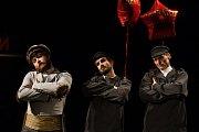 Generální zkouška černé komedie o vzniku rudé mumie, Leninovi balzamovači, proběhla 6. prosince v Malém divadle libereckého Divadla F. X. Šaldy. Premiéra bude 8. prosince. Na snímku zleva je Michal Lurie jako Krasin, Petr Hanák a Martin Stránský jako agen