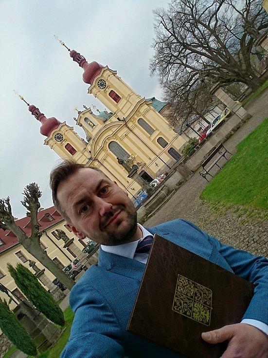 Starosta Hejnic Jaroslav Demčák.
