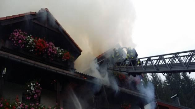 Požár v Harachově.
