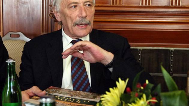 Liberec navštívil v úterý 18. března europoslanec Richard Falbr.