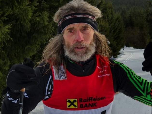Za šest a čtvrt hodiny dal 62letý lyžař Jelen Boboloppet