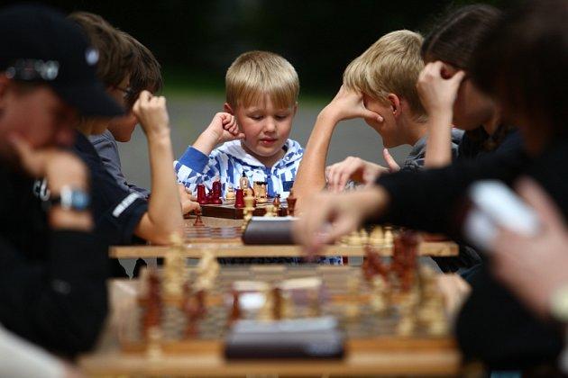 Turnaj a ukázky hru šachu TJ Desko Liberec.