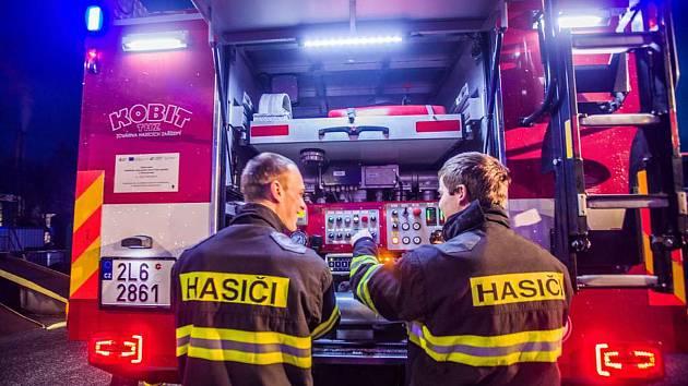 ČT točila seriál o hasičích.