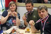 LIBEREČTÍ VETERÁNI. Zleva jsou Romana Christlová, Milan Šír a Luboš Kunášek.