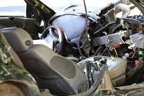 Čelní střet osobního automobilu a autobusu u Frýdlantu si vyžádal několik zraněných osob. Viník nehody ujel.