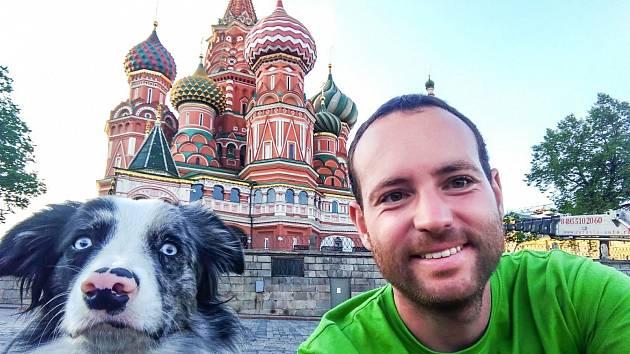 Slávek Král se svou Border kolií Corey procestovali 27 států Evropy a Asie a zúčastnili se mnoha festivalů. O své zážitky se podělí na přednášce Cestování se psem.