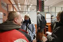Denně projde novými prostory registru vozidel několik stovek klientů.