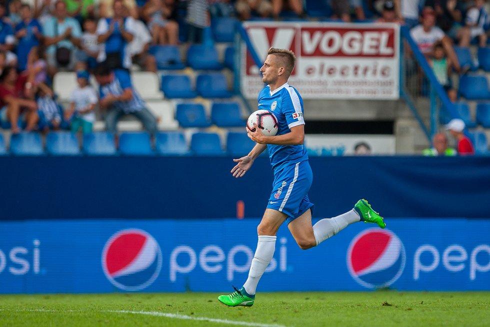 Zápas 3. kola první fotbalové ligy mezi týmy FC Slovan Liberec a FK Teplice se odehrál 4. srpna na stadionu U Nisy v Liberci. Na snímku je Jan Pázler.